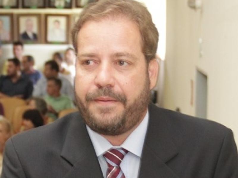 Flávio Mano Hackme reassume o cargo de vereador